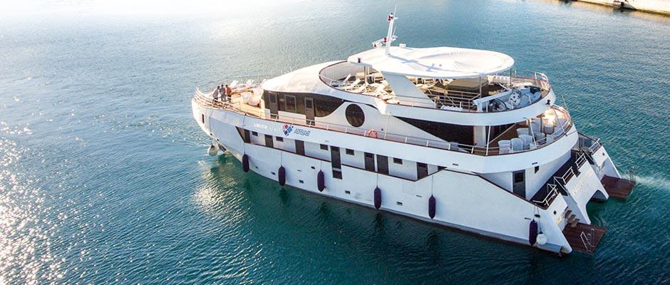 MS-Adriatic-Queen-small-ship-croatia-cruises