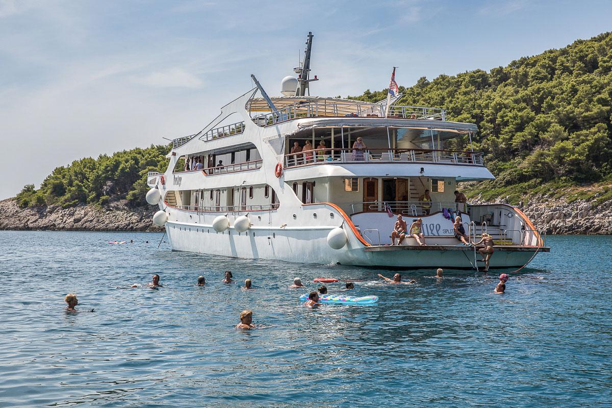 Prestige-Adriatic-Cruise-Ship-Stop-for-a-swim-1