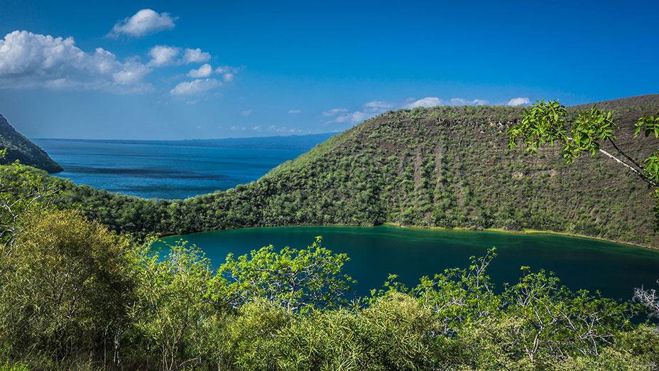 Galapagos 10 Day Luxury Cruise