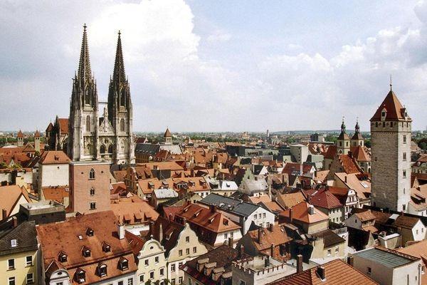 csm_Daecherblick_2_Stadt_Regensb