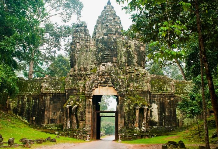 3559205-aqua-mekong-vietnam-cambodia-asia
