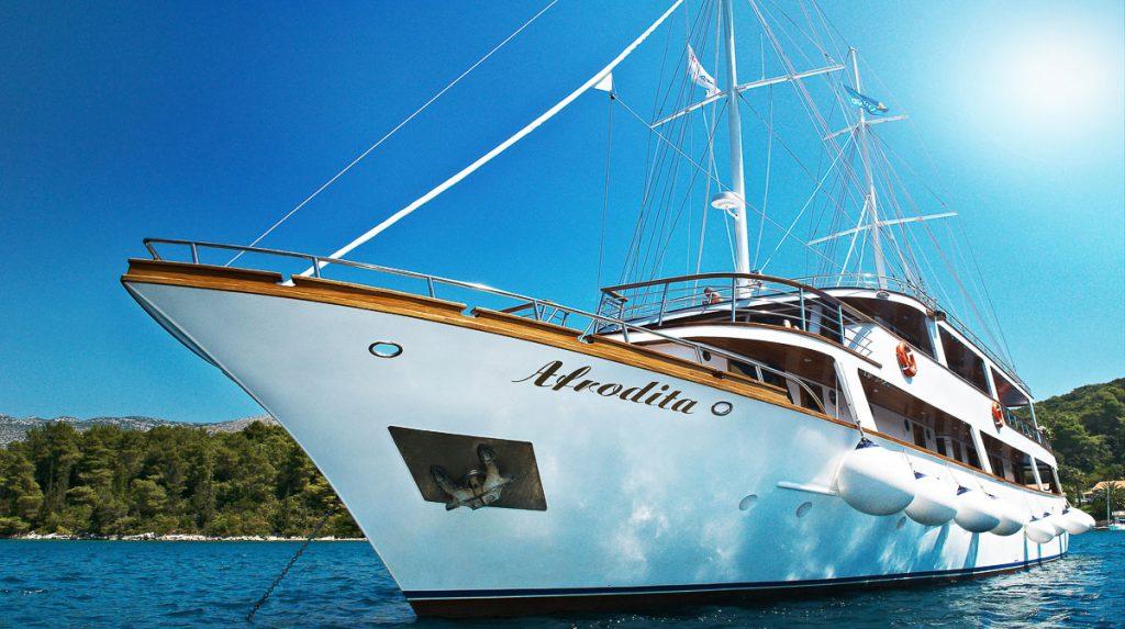 MS_Afrodita_-_Cruise_Ship_2