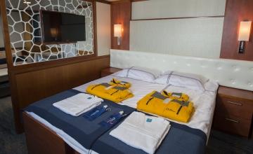ocean-adventurer-suite-cabin-403-rogelio-espinosa