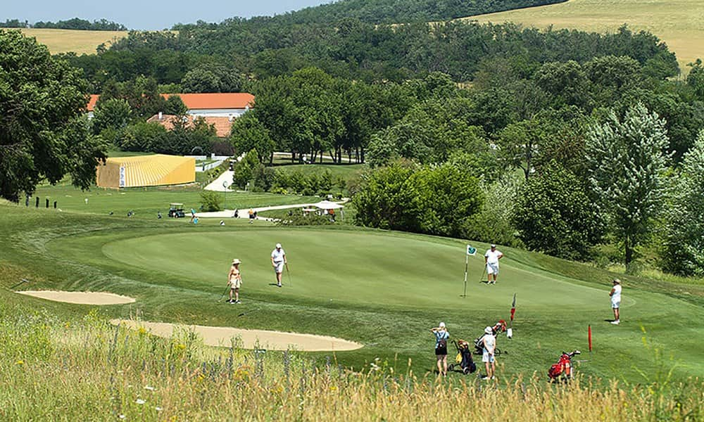 Danube Cruise with Golf